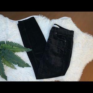 Loft size 8 corduroy crop zip button black Pants